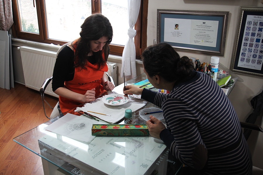 Istanbul Life ORG-Senguler Travel ** Traditional Turkish Tile ( Cini